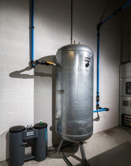 خزان الهواء المضغوط